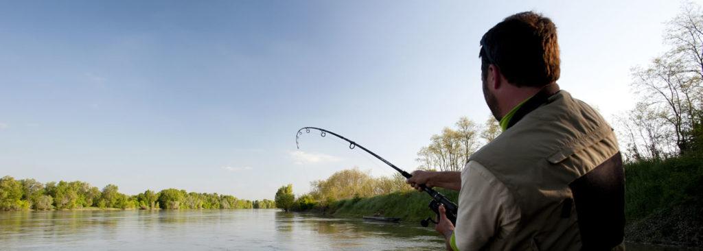 Pêcheur sur les bords de Loire